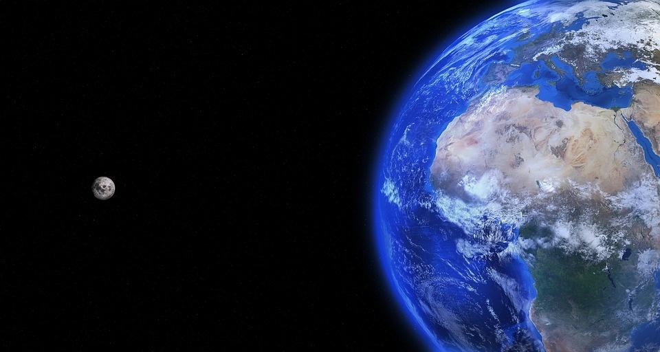 Rusija planuoja statyti bazę Mėnulyje