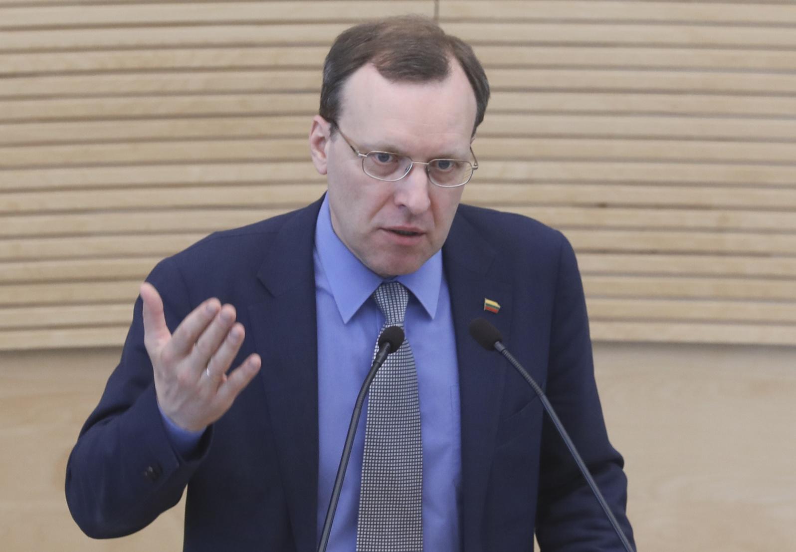 """N. Puteikis dėl S. Skvernelio kėlimo į prezidentus traukiasi iš """"valstiečių"""" frakcijos"""