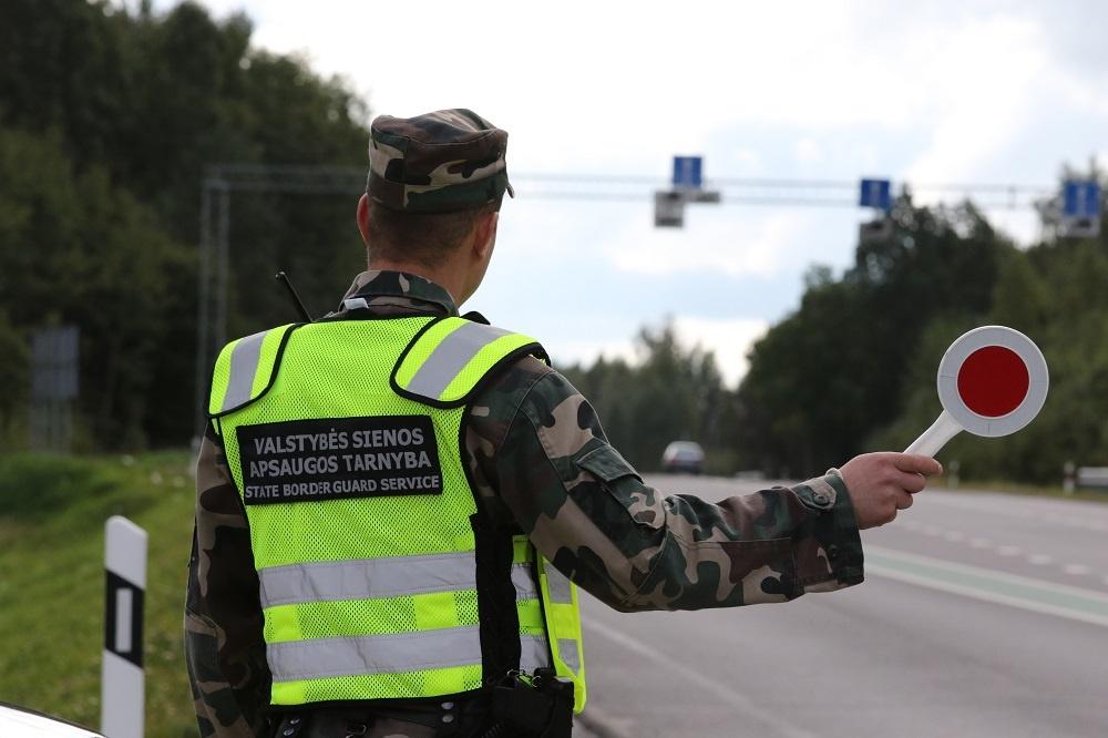 Kalvarijos pasieniečiams ukrainietis pateikė suklastotą vairuotojo pažymėjimą
