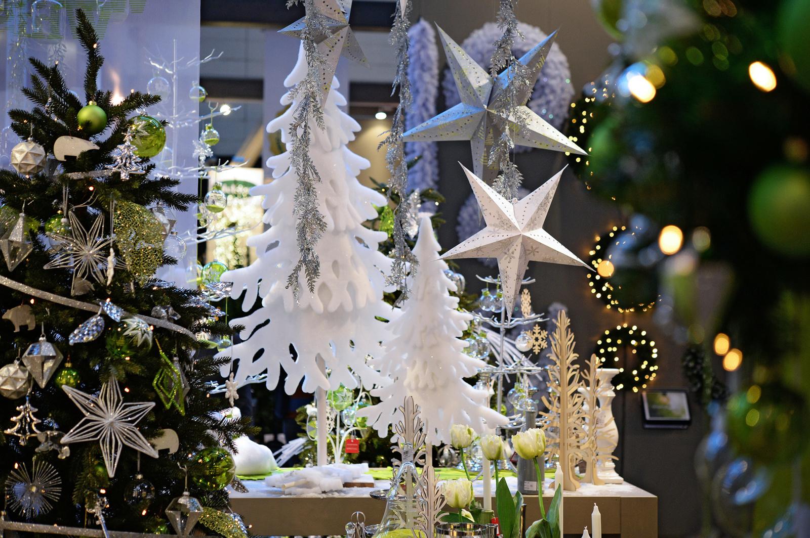 Kad kalėdiniai papuošimai derėtų prie interjero