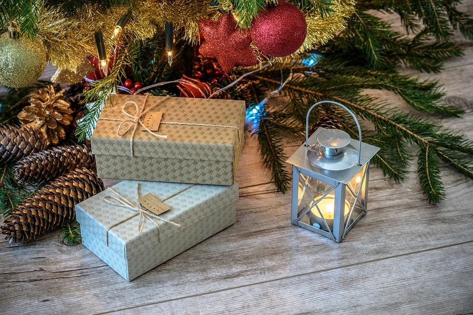 10 patarimų renkantis dovanas