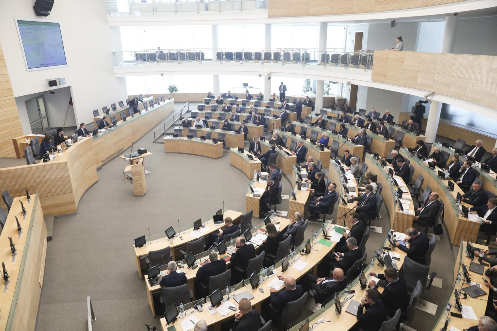 Dėl projektų ekspertinio vertinimo Seimas kreipsis į Konstitucinį Teismą