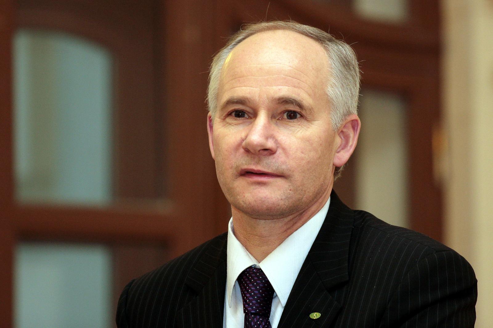Į švietimo ministrus siūlomas MRU rektorius