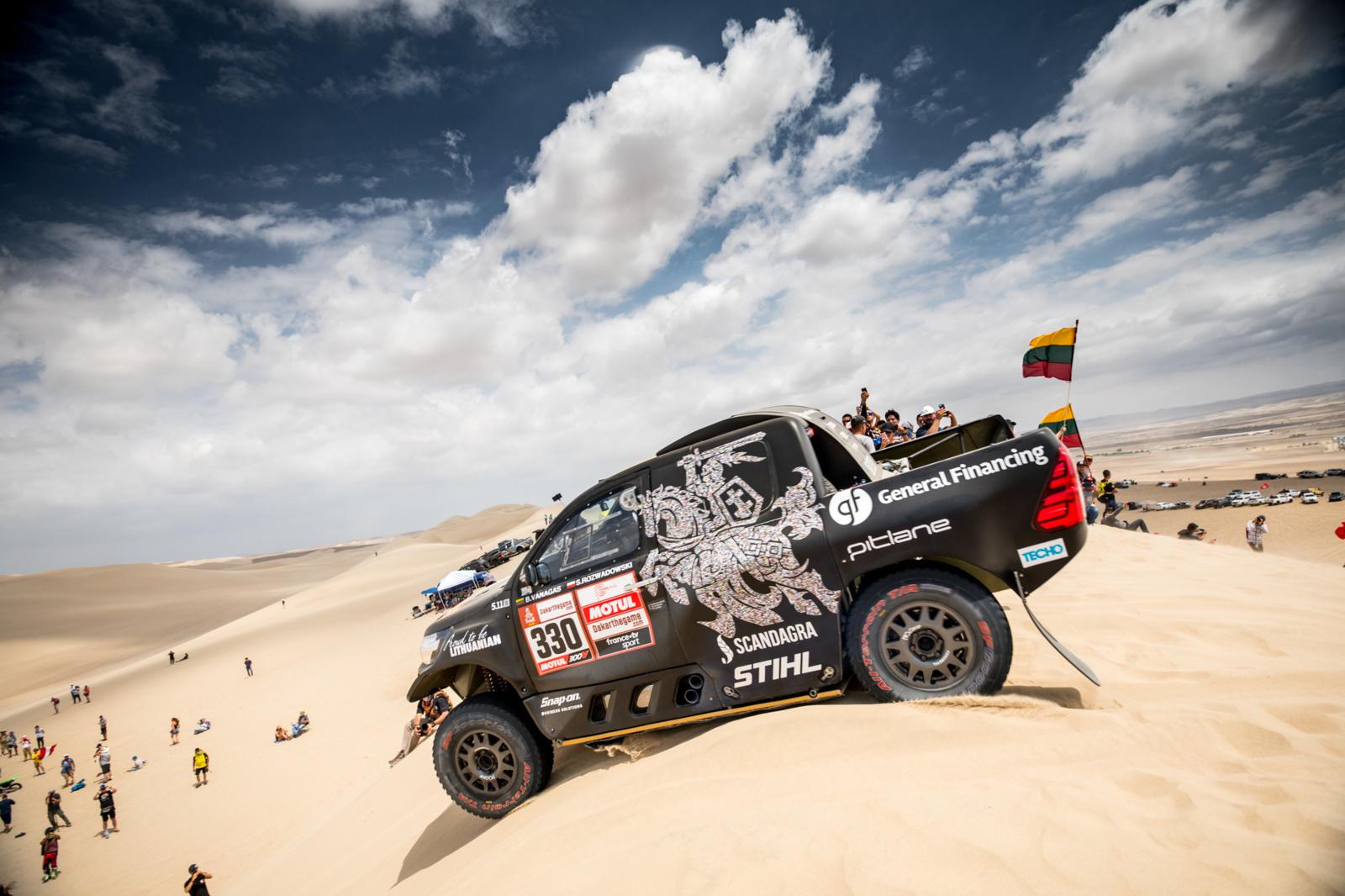 Važiuoti negalima padėti. Kur dėtų kablelį Lietuvos Dakaro ralio dalyviai?