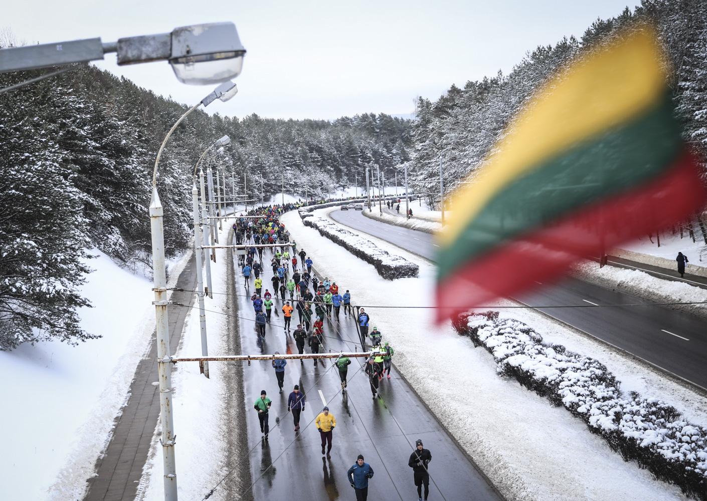 """7700 dalyvių pagerbė Laisvės gynėjus tradiciniame bėgime """"Gyvybės ir mirties keliu"""""""