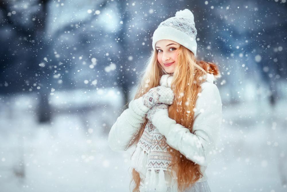 Patarimai kaip prižiūrėti plaukus žiemą ir 2019 metų kirpimo bei dažymo tendencijų pristatymas