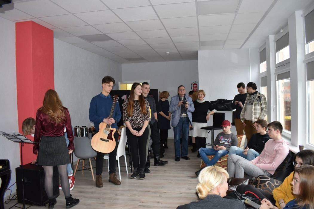 Atvira jaunimo erdvė atidaryta