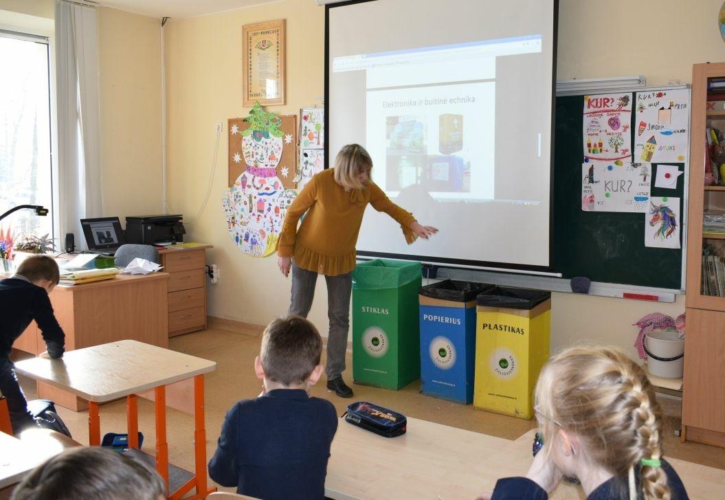 Kėdainių rajono mokiniai mokosi rūšiuoti atliekas