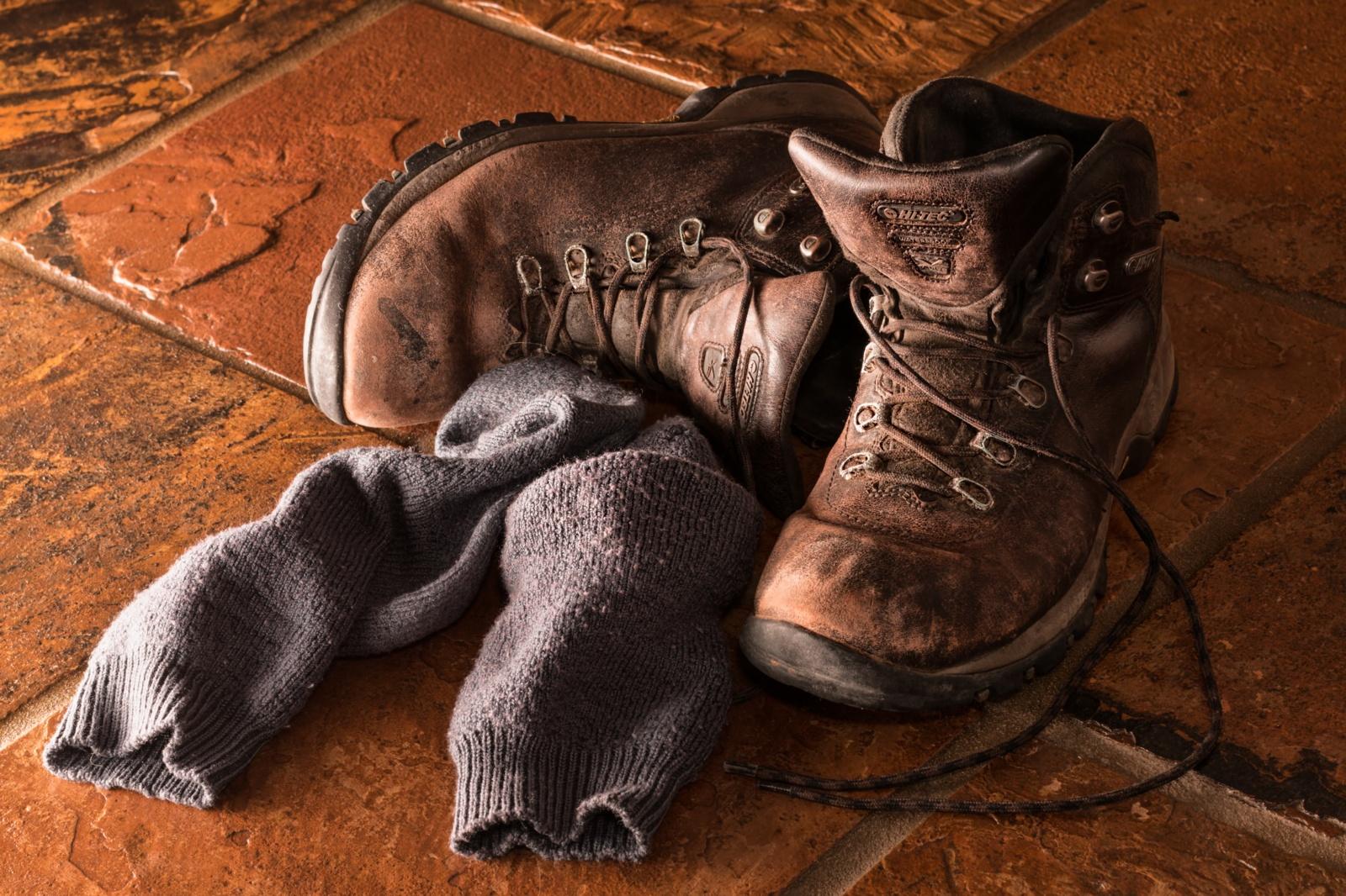 Dėl išmėtytų kojinių kalti ne vyrai, o anytos