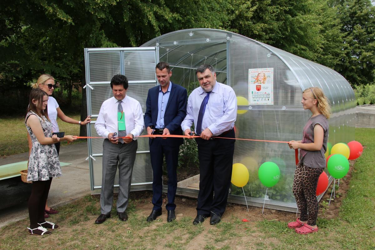 """Savivaldybei – padėka už paramą iniciatyvai """"Auginu Lietuvai"""""""
