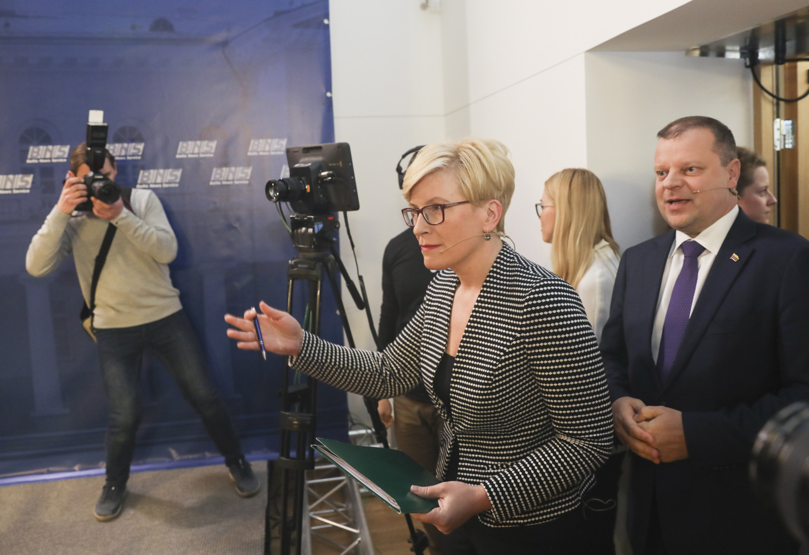 Prezidentinių lyderių nuomonės dėl vizito į Rusiją išsiskyrė: I. Šimonytė su V. Putinu nesusitiktų, S. Skvernelis - elgtųsi priešingai