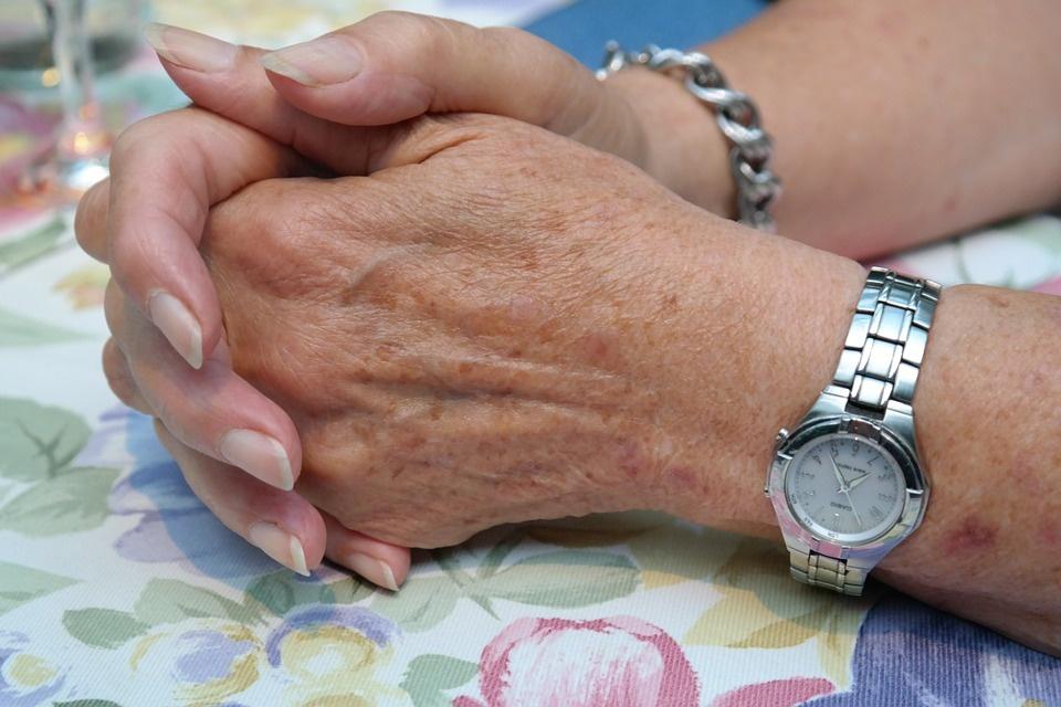 5 priežastys, dėl kurių senstame anksčiau laiko