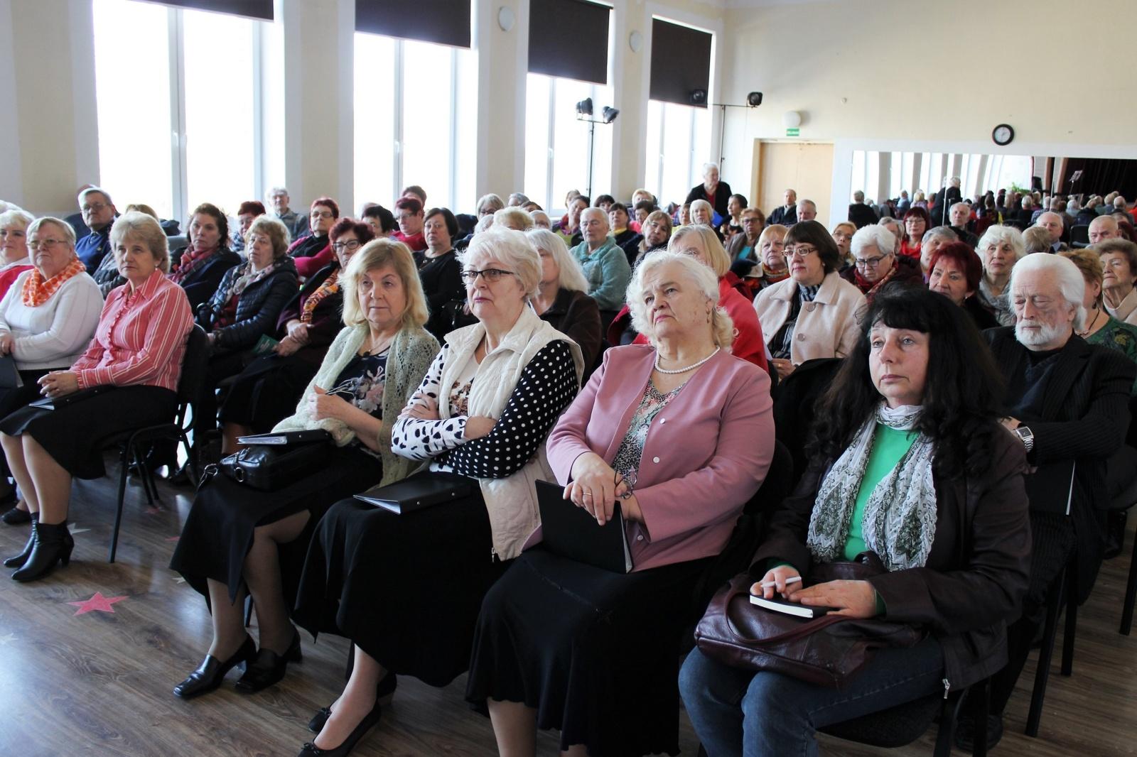 Ligonių kasų atstovė susitiko su Šiaulių miesto širdininkų klubo bendruomene