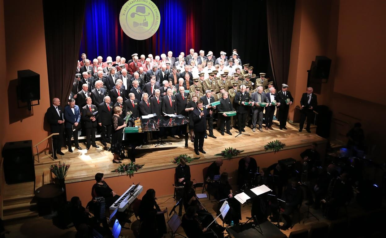 Tauragėje nuskambėjo X-asis vyrų chorų festivalis