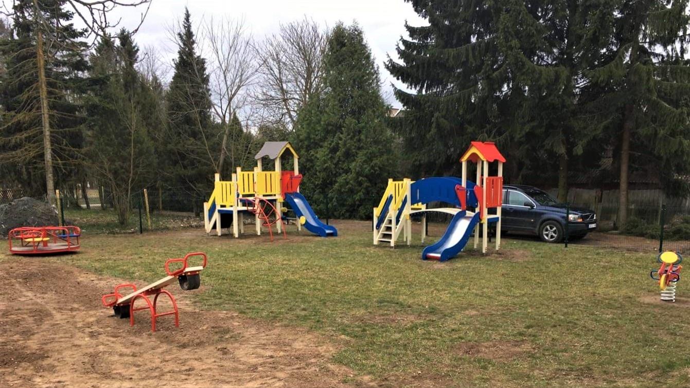 Didžiuosiuose Rūšupiuose – nauja vaikų žaidimo aikštelė