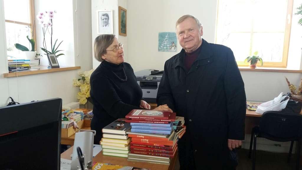 Rietave svečiavosi rašytojas Vytautas Račickas