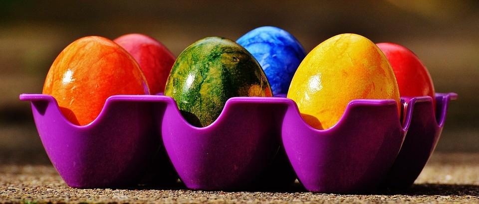 Kuo dažyti kiaušinius, kad nesukeltume pavojaus sveikatai?