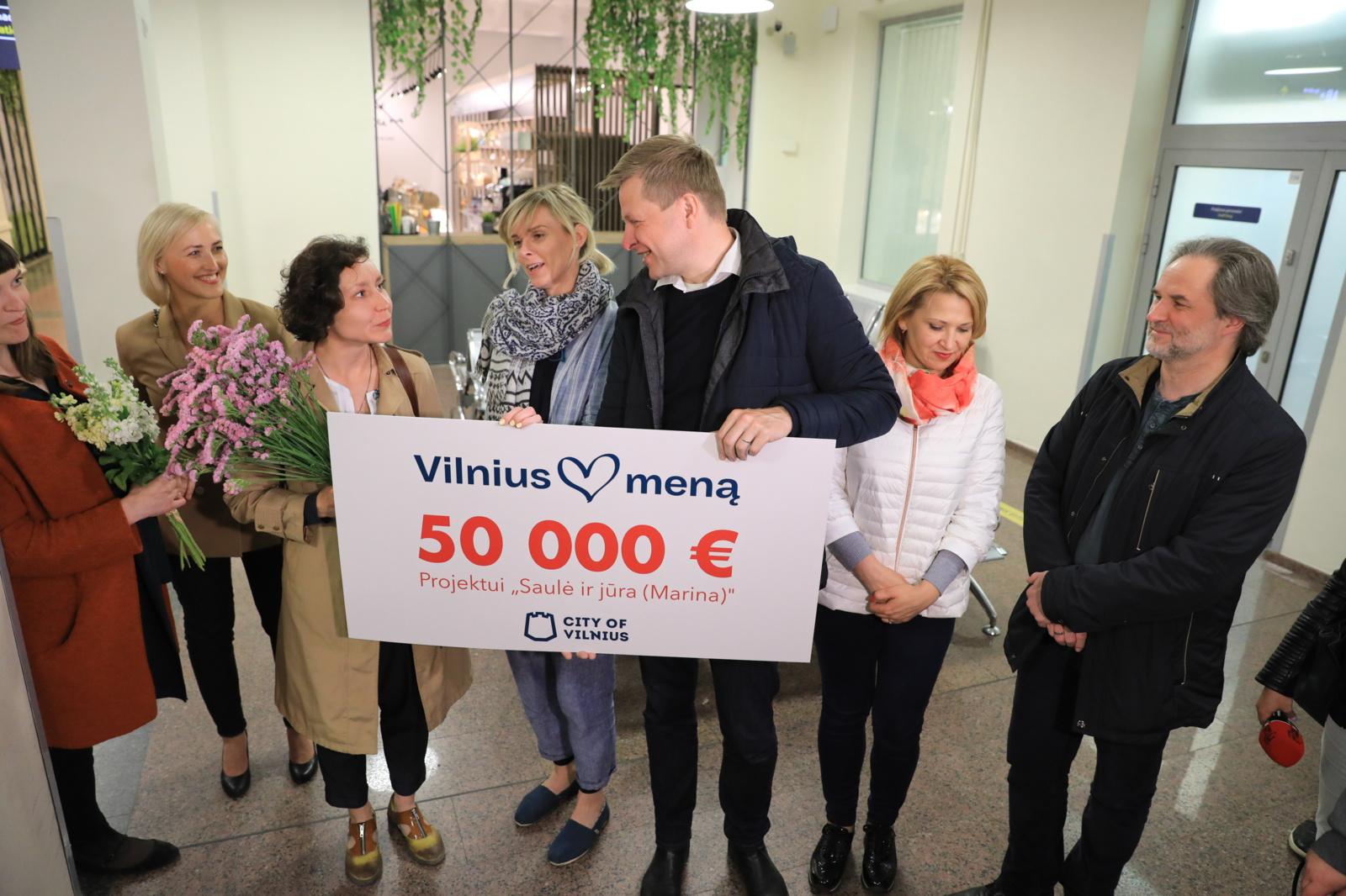 Vilniaus dovana Venecijos bienalėje triumfavusioms lietuvėms – 50 tūkst. Eur ir pažadas ekspozicijai