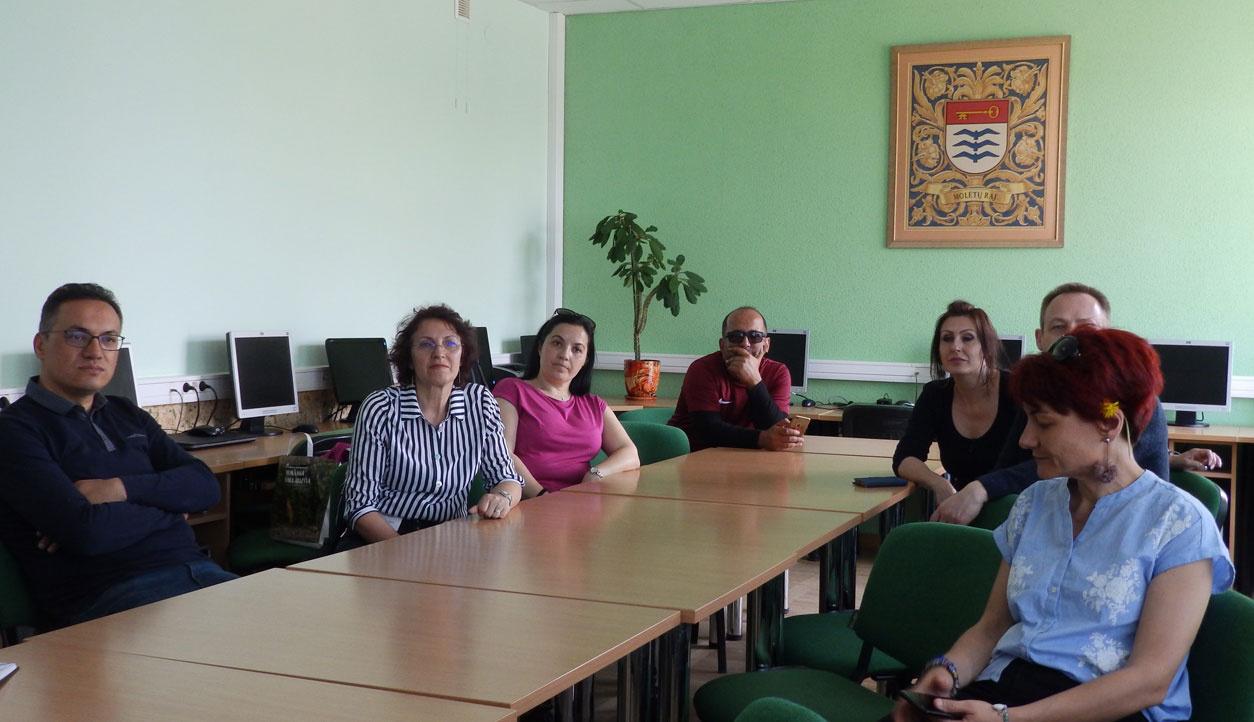 Molėtuose vieši mokytojų ir mokinių delegacijos iš Lenkijos, Rumunijos ir Turkijos