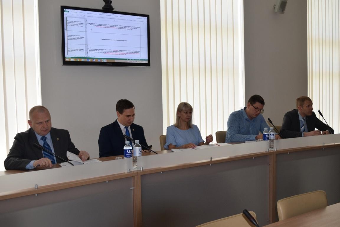 Savivaldybės vadovai ir administracijos specialistai aptarė projektus