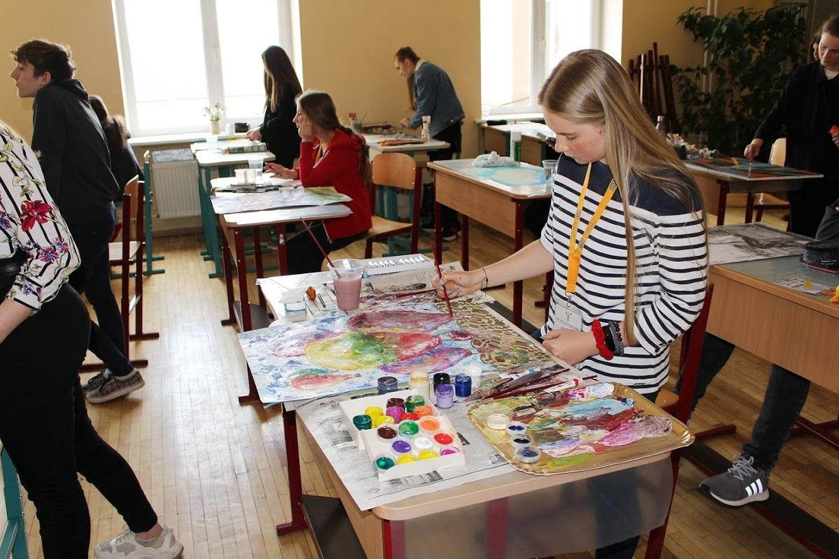 Miglė Kajėnaitė dalyvavo respublikinėje dailės olimpiadoje