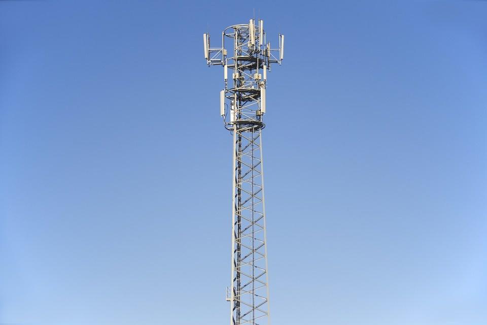 Prienų rajone galimai nuverstas mobiliojo ryšio stiebas