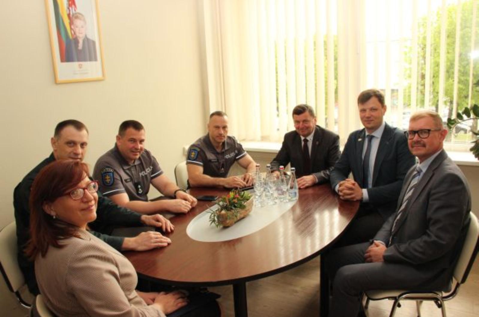 Kėdainių meras susitiko su generaliniu policijos komisaru Linu Pernavu