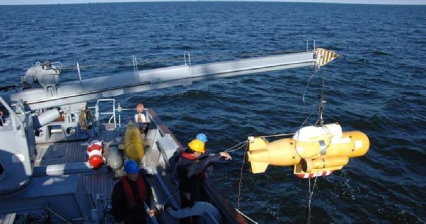 Jūroje minų ieškojusius karius stebino ne sprogmenys