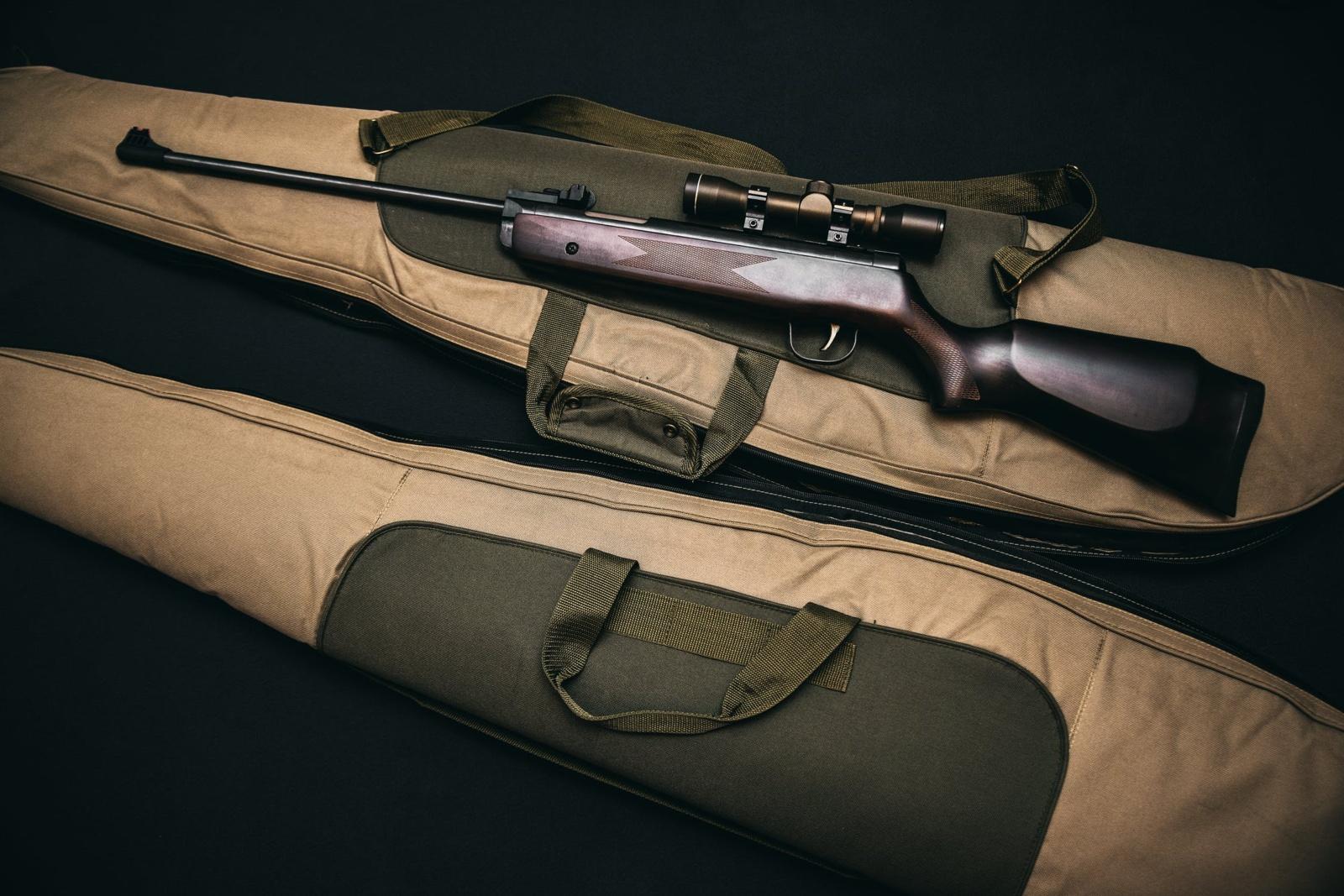 Vyras namo palėpėje Vilniuje rado medžioklinį šautuvą ir šovinių