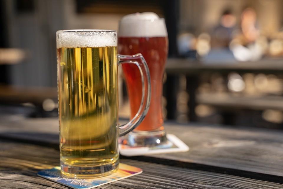 Smulkieji verslininkai tikslinga laiko diskusiją dėl draudimo prekiauti alkoholiu nestacionariose vietose