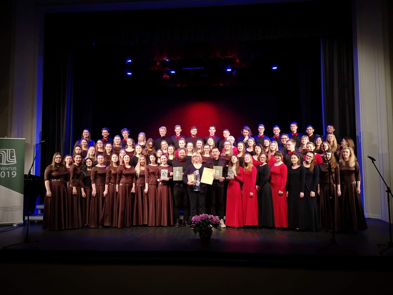 Vilniaus universiteto chorai gražiausiais kūriniais užbaigs sezoną