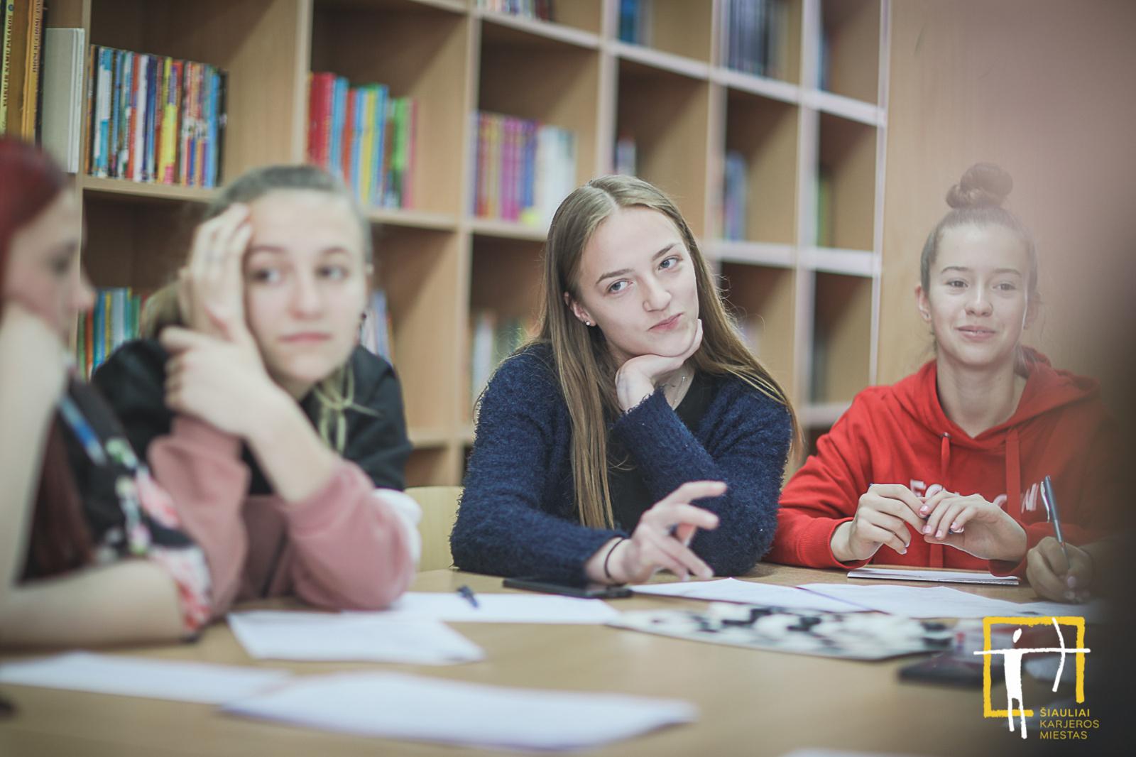 Kitoks pokalbis dėl darbo: karjeros mieste mokiniai patys renkasi mokytojus