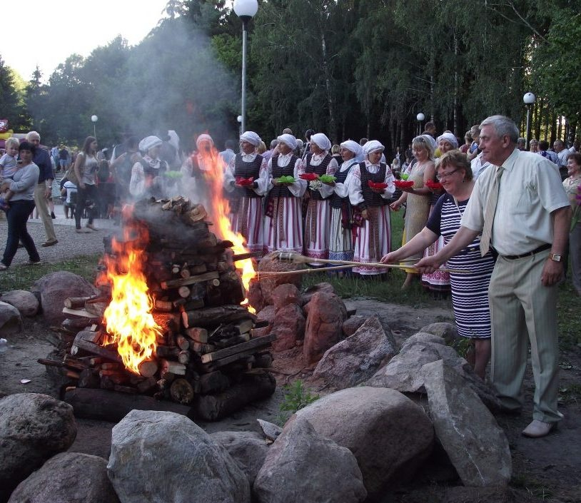 Kviečiame prekybininkus, amatininkus ir tautodailininkus dalyvauti ir prekiauti šventėje