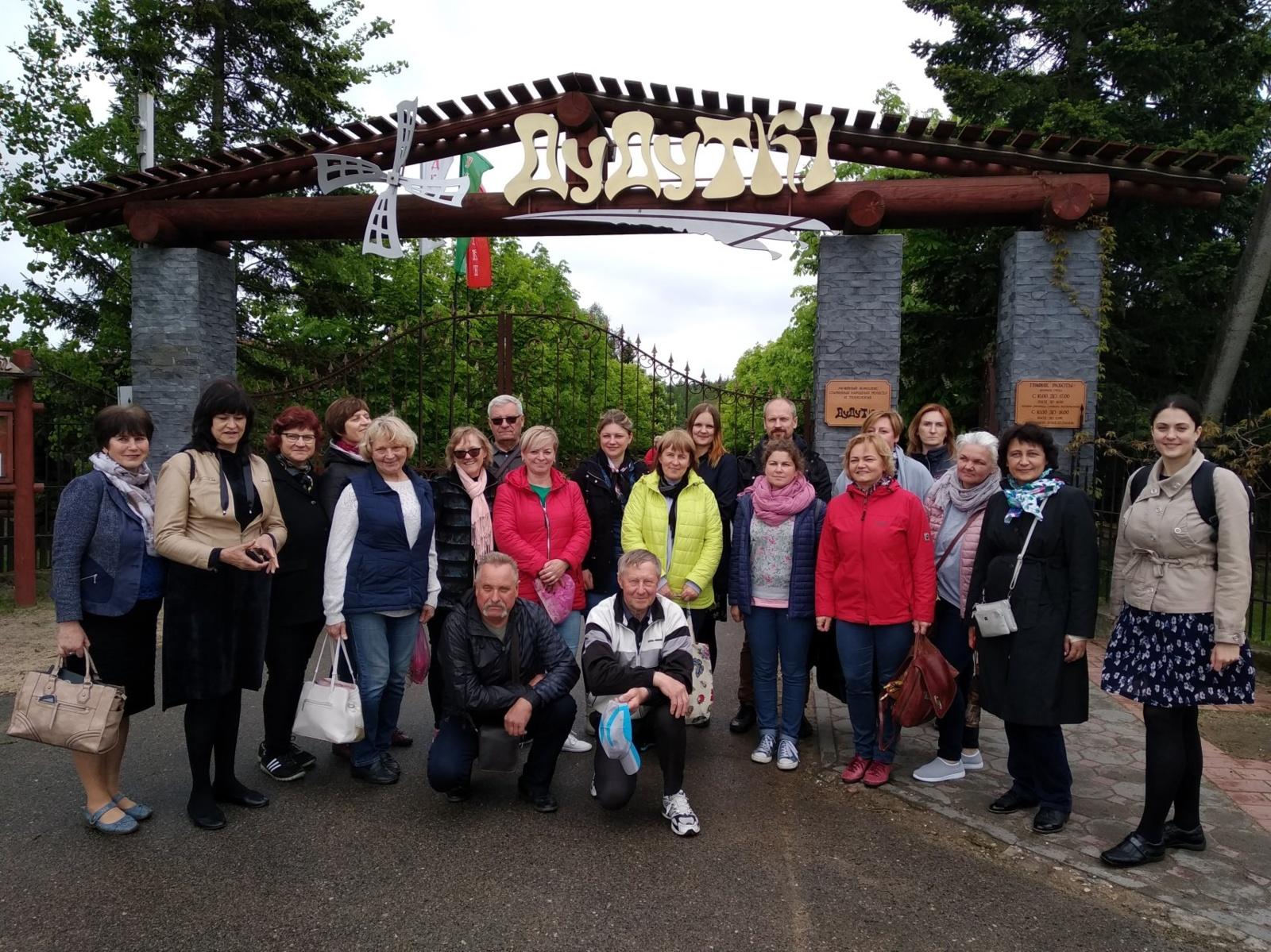 Baltarusijoje degustavo patiekalus ir lankė amatų centrus