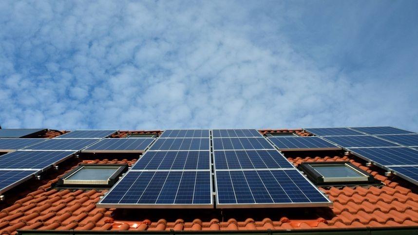 5 žmonių tipai, kuriems saulės jėgainė apsimokėtų labiausiai