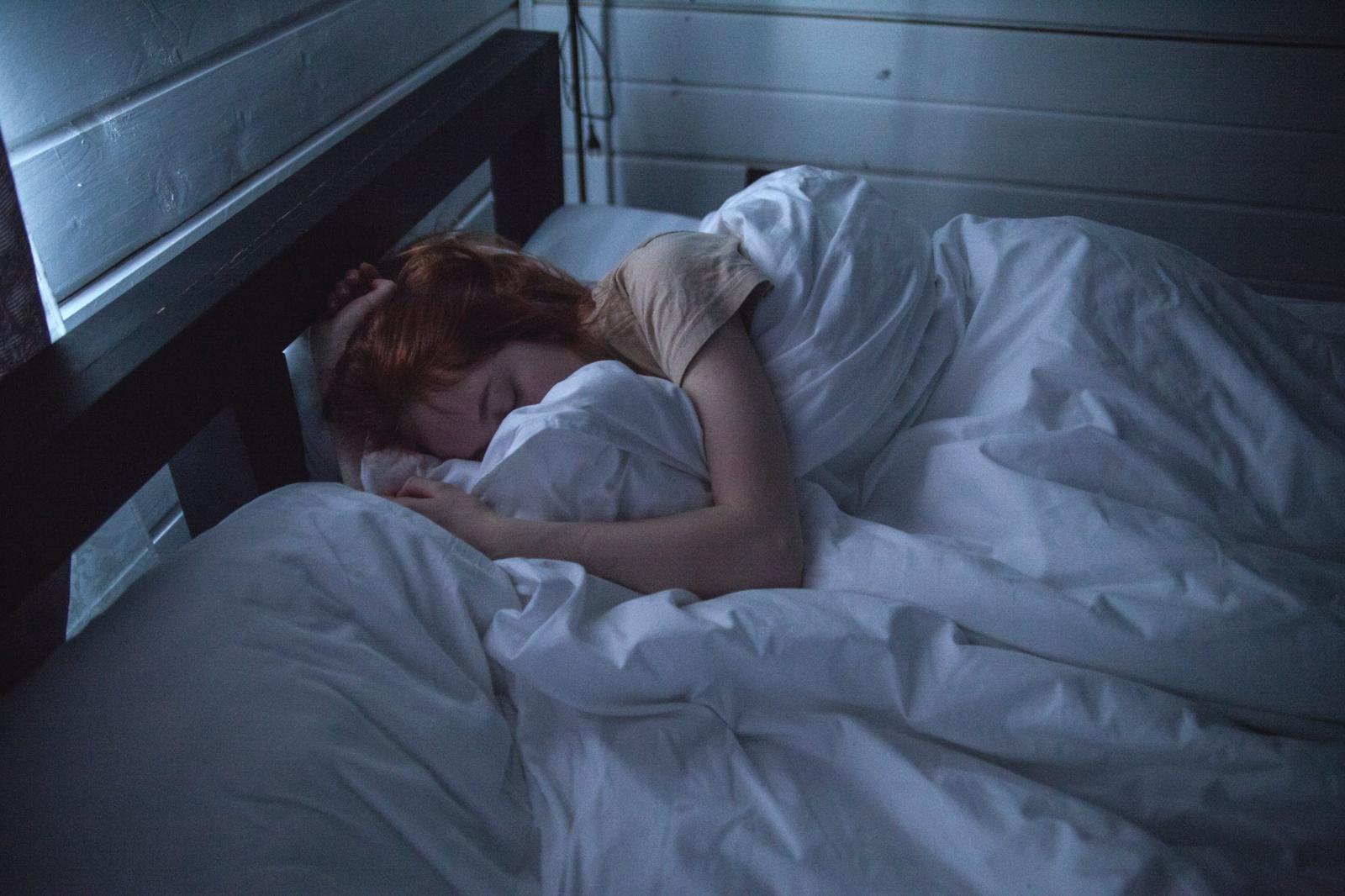 Kaip užmigti vos per 2 minutes? Karinio jūrų laivyno karių patikrintas būdas