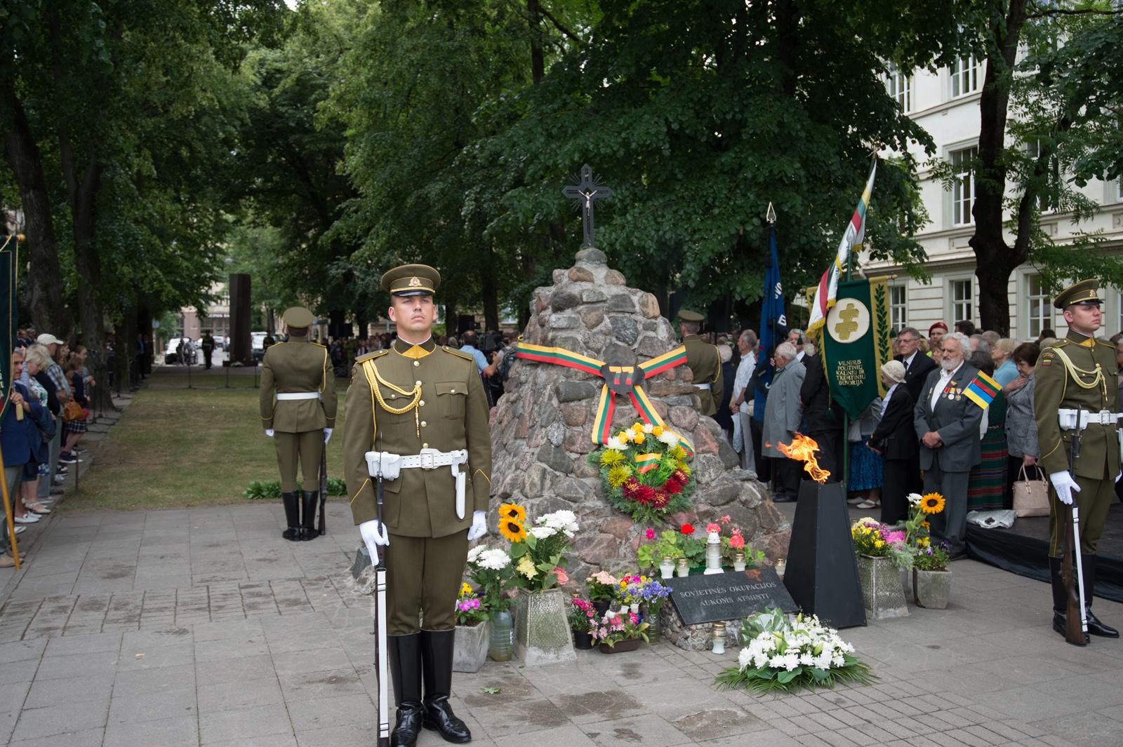 Minimos Gedulo ir vilties, Okupacijos ir genocido dienos