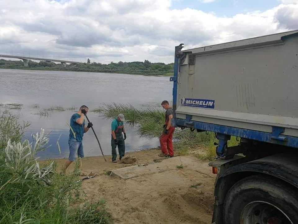 Nemuno pakrantėje verslininkai įrengė laivelių ir valčių nuleidimo vietą