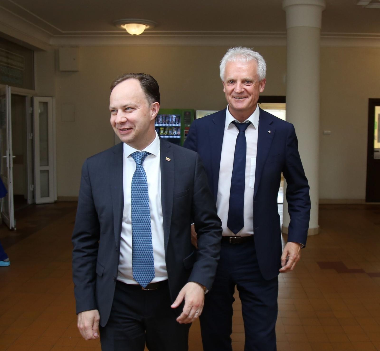 """Ministras A. Veryga: """"Pokyčiai labai geri, ligoninė juda į priekį"""""""