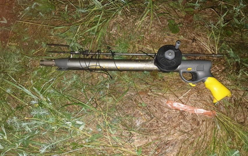 Švenčionių rajone sulaikytas povandeniniu žūklės šautuvu ketinęs žvejoti pažeidėjas