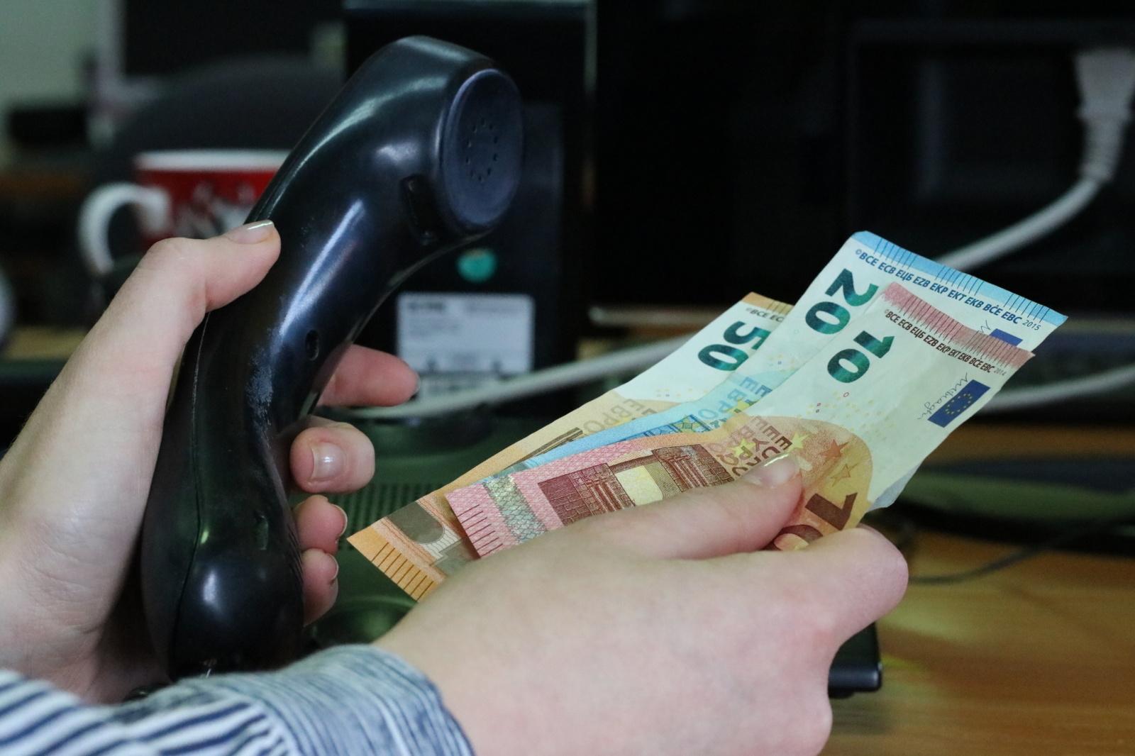 Kaune – dar viena telefoninių sukčių auka