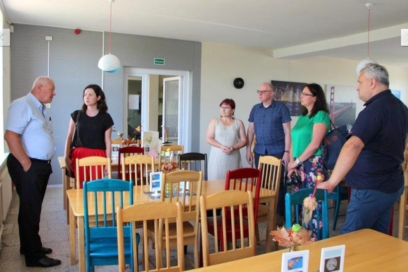 Lazdijų rajono savivaldybės ugdymo įstaigose planuojama pereiti prie švediško stalo maitinimo principo