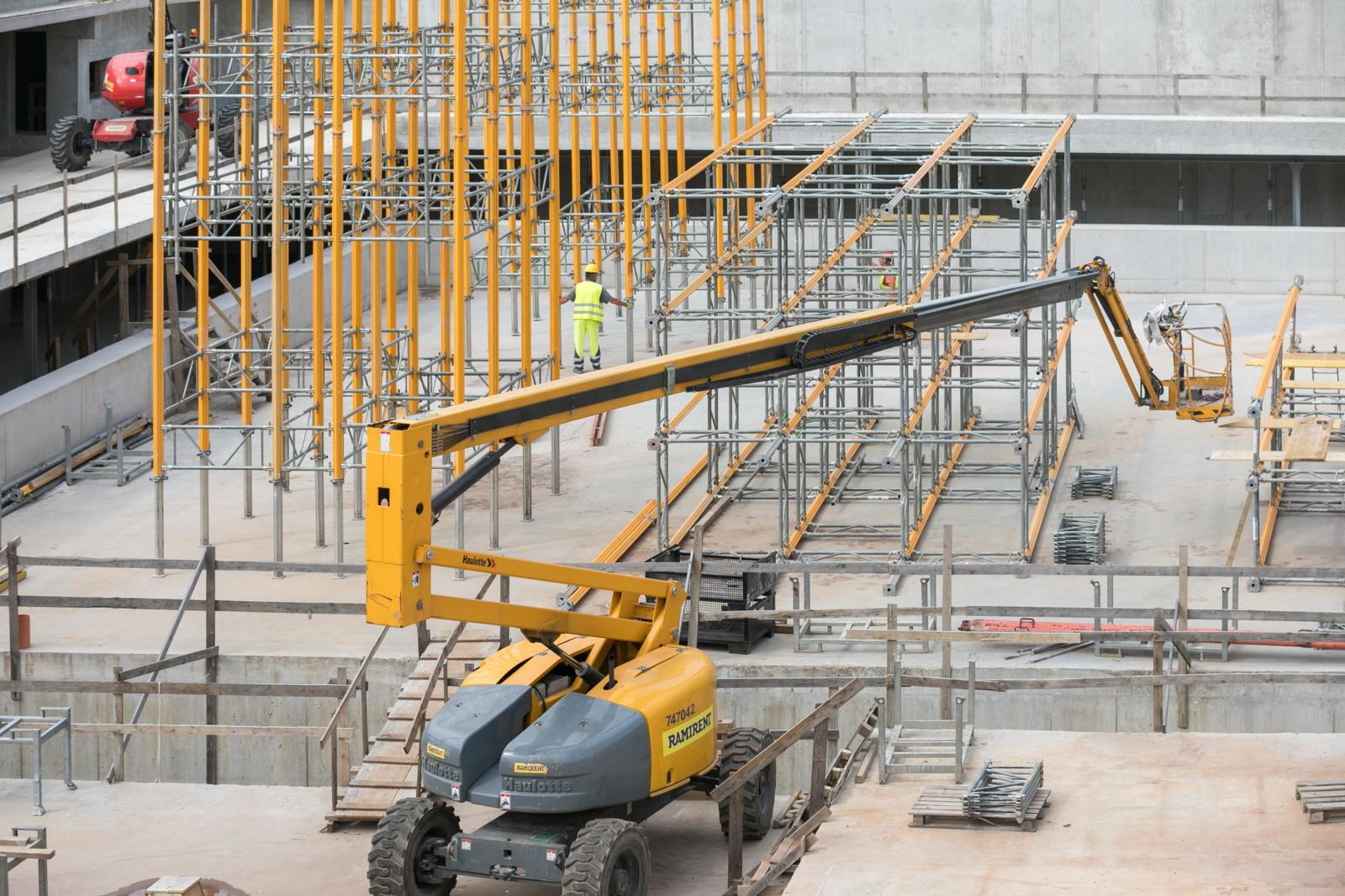 Lazdynų baseino statybose atlikta jau 40 proc. darbų –  duris atvers kitąmet