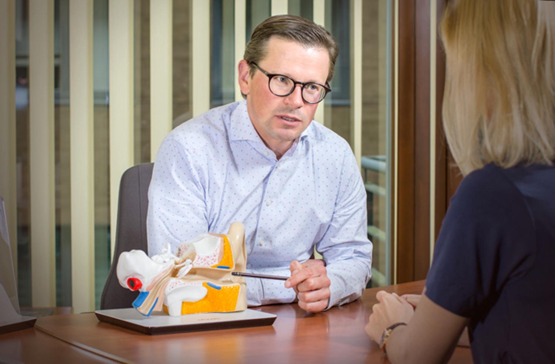Rūpinimasis savo klausa ženkliai atitolina  net senatvinius demensinius sutrikimus