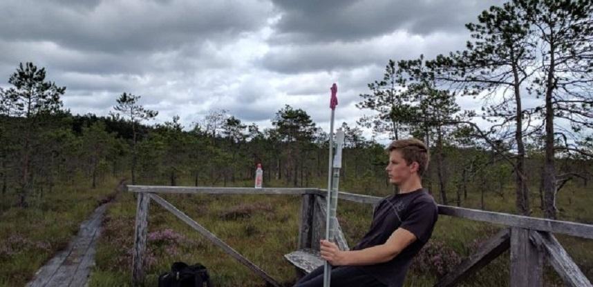 Studentas savo gimtą kraštą tiria naudodamas duomenis iš kosmoso