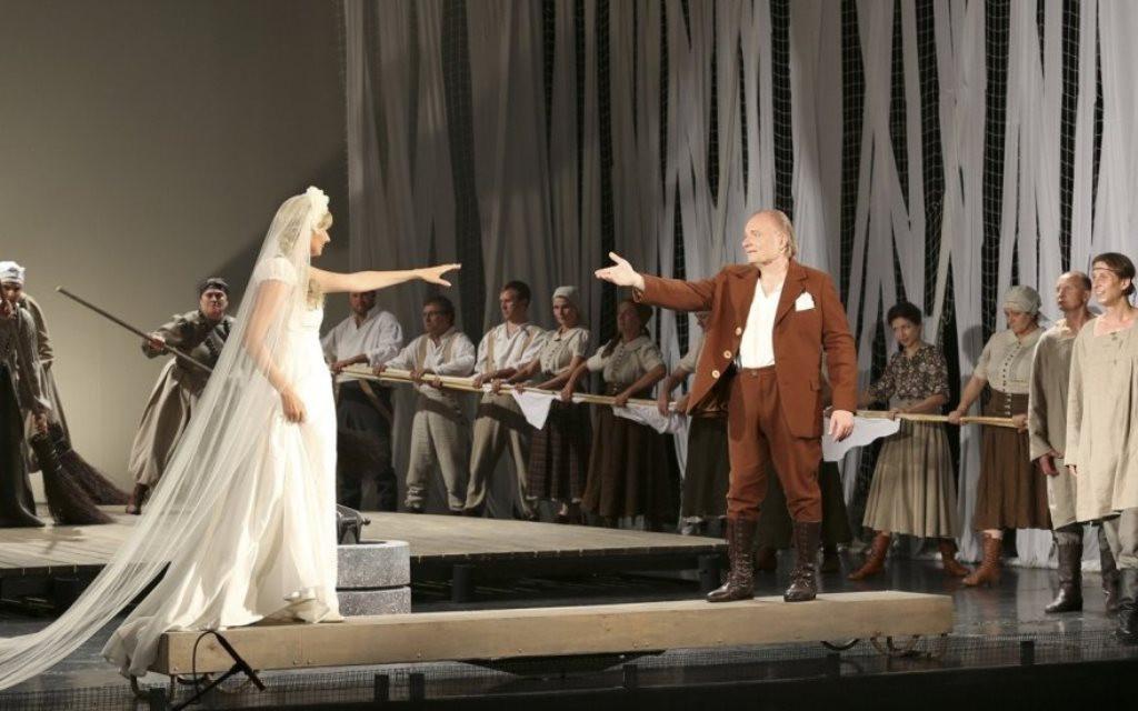 """Festivalio """"Operetė Kauno pilyje"""" scenoje – kultinis lietuviškas miuziklas """"Velnio nuotaka"""""""