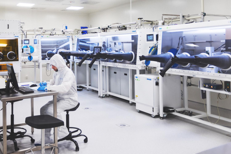 """Konferencijoje """"Optical Probes 2019"""" pristatomas pirmasis organinis lazeris pasaulyje"""