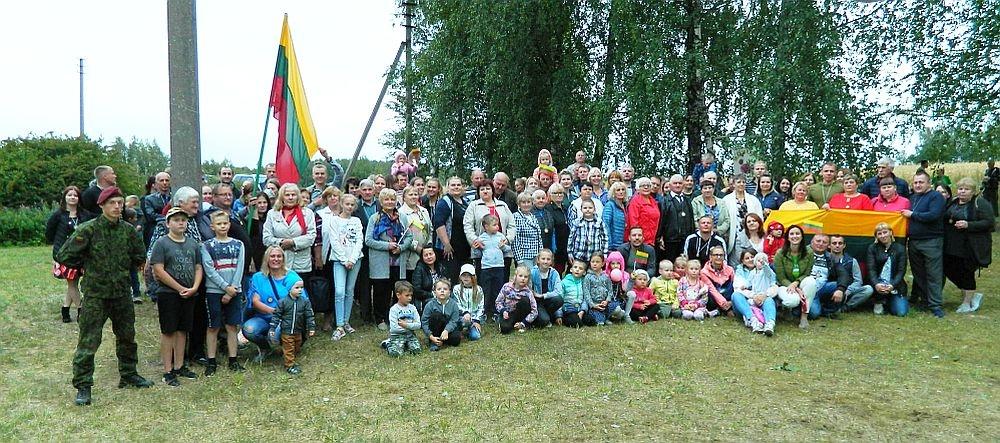 Šienapjūtės šventė-varžytuvės Bijūnuose džiugino tradicijomis ir šventine nuotaika