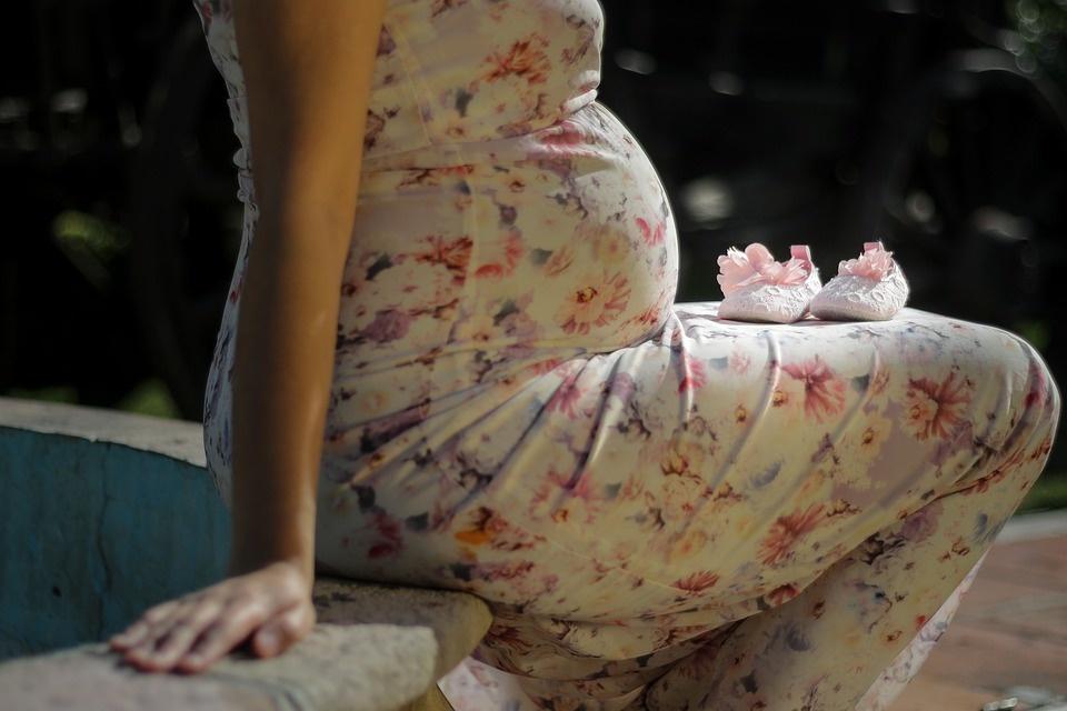 Pernai tarp nėščiųjų išaiškinta daugiau sifilio nei užpernai