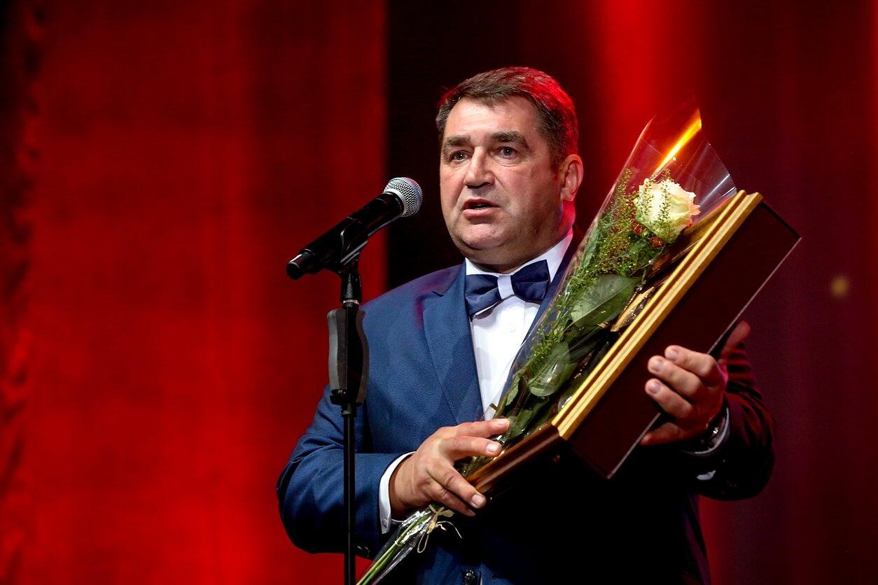 Piktnaudžiavimu įtariami Kupiškio meras ir Kultūros centro direktorė paleisti į laisvę